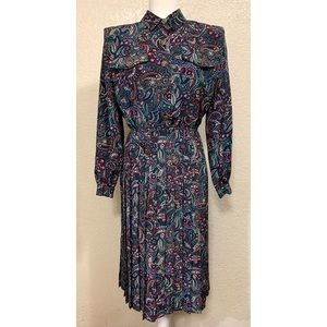 Leslie Fay Vintage Pleated Button Dress